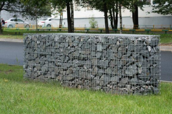 Виды и особенности применения сетки из нержавеющей стали