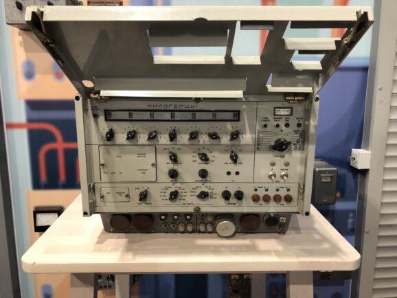 Мечта радиослушателя и техника