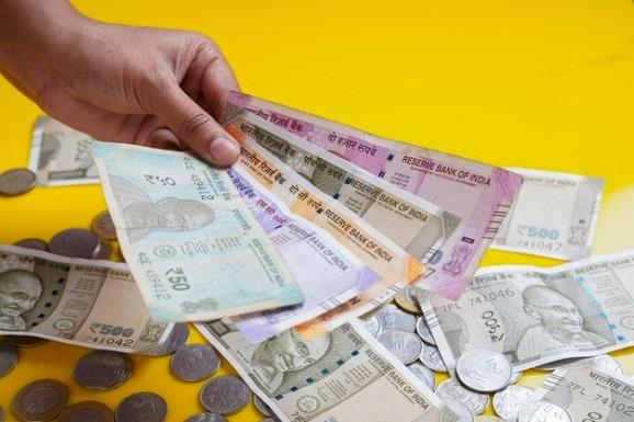 Обмен валюты с разумными комиссиями